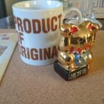 金運招き猫とマグカップ 大きさ比較