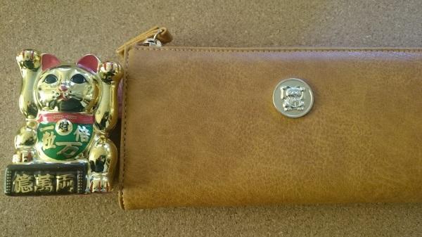 水晶院の招き猫と招き猫財布